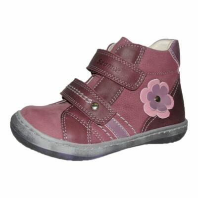 szamos lány bőrcipő